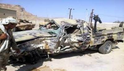 بسرعة جنونية.. طقم حوثي يصدم سيارة مدنية ووفاة أحد ركابها في إب