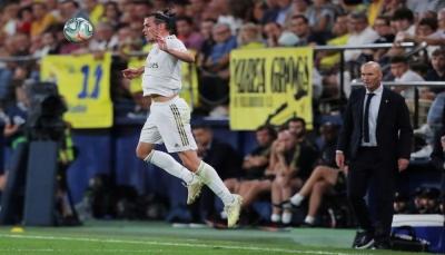 """زيدان ينفي شائعات رحيل """"بيل"""" عن ريال مدريد"""