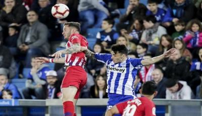 أتلتيكو مدريد يهدر نقاط التفوق بالتعادل مع ألافيس