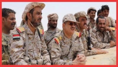 باحث يمني يتساءل: من يقف خلف الهجوم على وزارة الدفاع بمأرب؟ ويضع 4 سيناريوهات