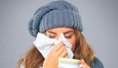 """تعرف أربع طرق لعلاج """"نزلات البرد"""" في المنزل"""