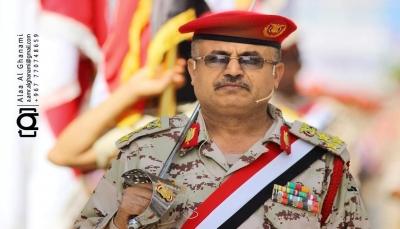 مسلحو الانتقالي الإماراتي يحتجزون رئيس أركان محور تعز في نقطة الحديد شمال عدن