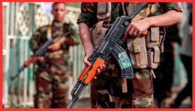 الحوثيون يخشون انتقال الاحتجاجات لمناطق سيطرتهم ويستبقونها بحملة ضد الفساد وإجراءات أمنية (تقرير خاص)