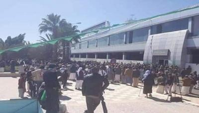 الصليب الأحمر: تسيير إعادة 128 أسيرا حوثيا من السعودية إلى صنعاء