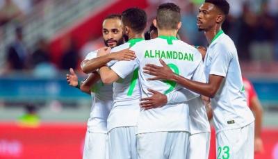 السعودية تهزم البحرين وتعود لدائرة المنافسة