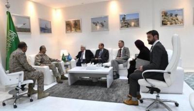 غريفيت يناقش مع قائد قوات التحالف في اليمن جهود تنفيذ اتفاق السويد