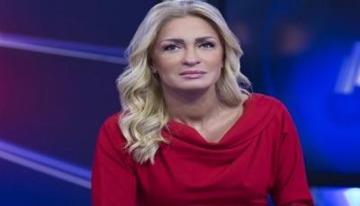 """وفاة الإعلامية اللبنانية """"نجوى قاسم"""" في دبي"""