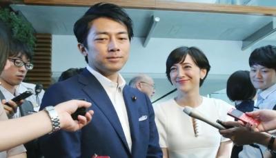وزير ياباني يأخذ إجازة من أجل الاعتناء بمولوده الجديد