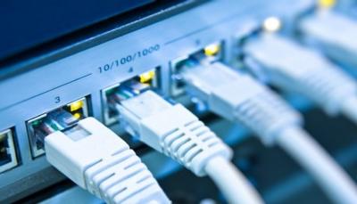 انقطاع الإنترنت يكبد اليمن خسارة أكثر من 8 مليارات ريال خلال خمسة أيام