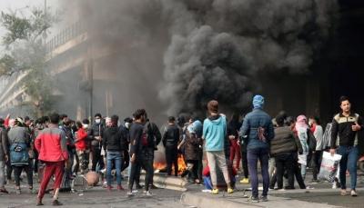 العراق: المحتجون يغلقون الطرق في بغداد ومدن جنوبية لليوم الرابع على التوالي