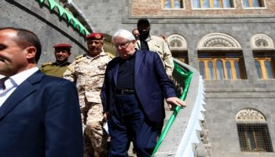 """""""غريفيث"""" يتفاوض مع الحكومة والحوثيين بشأن إعلان وقف إطلاق نار ملزم"""