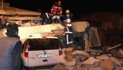 تركيا.. ارتفاع ضحايا الزلزال إلى 22 حالة وفاة واستمرار الهزات الارتدادية