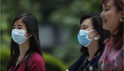 """عدد الضحايا ارتفع إلى 130 وفاة.. """"كورونا """"يصل الإمارات ودول تجلي رعاياها من الصين"""