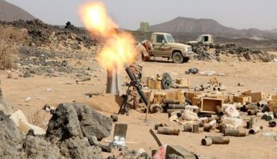 مقتل 20 حوثياً وتدمير آليات بنيران الجيش الوطني في جبهة نهم شرق صنعاء