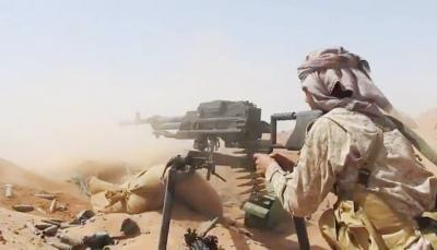 """الجيش يباغت الحوثيين بكمين في المتون"""" بالجوف ويفشل تسلل في """"جبال الساقية"""" بنهم"""