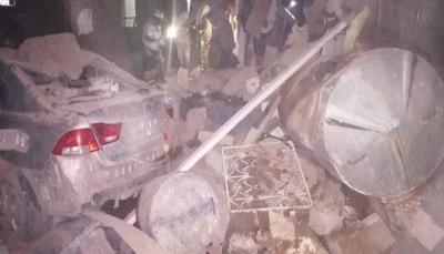 مليشيات الحوثي تستهدف حيًا سكنيًا بمدينة مأرب بصاروخ بالستي