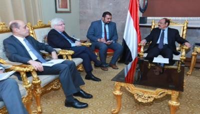 """نائب الرئيس يلتقي """"غريفيث""""ويؤكد أن التصعيد الحوثي ينسف جهود السلام"""