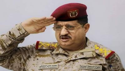 نجاة وزير الدفاع محمد المقدشي ومقتل مرافقية جراء انفجار لغم أرضي