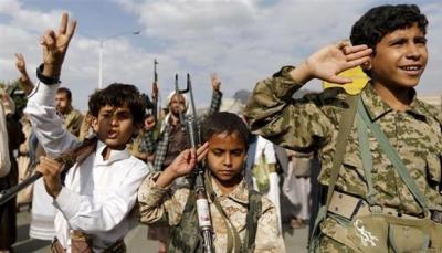 مليشيا الحوثي تجبر مدراء المدارس على تجنيد الطلاب دون علم أهلهم