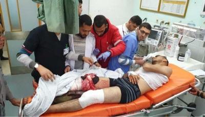 جرافة الاحتلال الإسرائيلي تسحل جثة شهيد جنوبي قطاع غزة (فيديو)