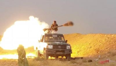 قصف مدفعي وجوّي يستهدف مواقع وتعزيزات لمليشيا الحوثي شرق صنعاء