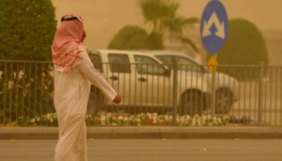 تعليق الدراسة في جامعات ومدارس الرياض بسبب موجة غبار اجتاحت العاصمة السعودية
