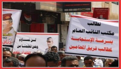حملة تحريض ممنهجة ضد صحفيين وناشطين في تعز.. ما الدوافع؟ والمخاطر؟ (تقرير خاص)
