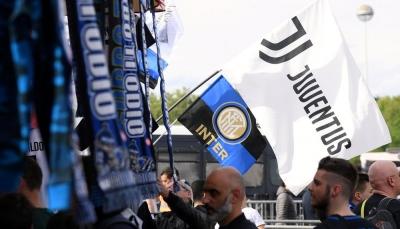 وزير الرياضة الإيطالي يدعو إلى تعليق دوري كرة القدم بسبب فيروس كورونا