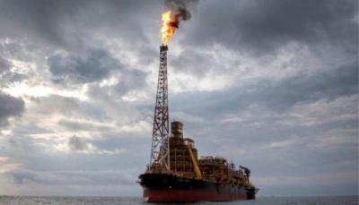 أسعار النفط تنهار والبرميل يصل إلى 33 دولار