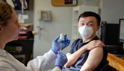 الصين تعلن بدء التجارب البشرية لأول لقاح لفيروس كورونا.. متى سيكون متاح للاستخدام؟