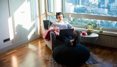 9 نصائح للتغلب على المشاكل خلال عملك بالمنزل