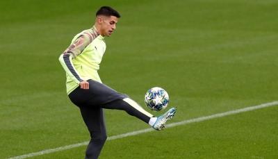 أنباء عن صفقة مرتقبة بين برشلونة ومانشستر سيتي