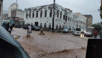 منظمة حقوقية تدعو المجتمع الدولي لإغاثة اليمن لمواجهة كارثة السيول