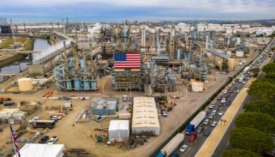 أسعار النفط ترتفع 10% بسبب التصعيد بين واشنطن وطهران