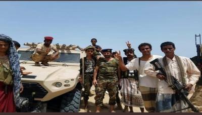 بعد مواجهات مع الانتقالي.. الجيش يسيطر على سلسلة جبلية في أبين