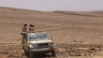 """صنعاء: الجيش يعلن تحرير مواقع استراتيجية في """"نهم"""" ومصرع 20 متمرد"""
