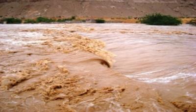 محافظ حضرموت يناشد الحكومة التدخل العاجل لمعالجة آثار السيول التي ضربت المحافظة