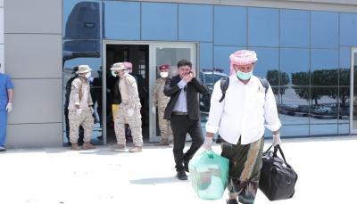 رحلة جوية خاصة لنقل أبناء سقطرى العالقين في المهرة إلى الأرخبيل
