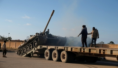 ليبيا: حكومة الوفاق تنشر مقطعاً مصوراً لضباط إماراتيين مع عناصر حفتر (فيديو)