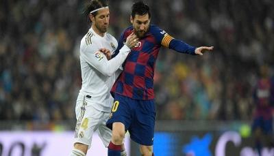 """صراع """"ملتهب"""" في الليغا بين ريال مدريد وبرشلونة"""