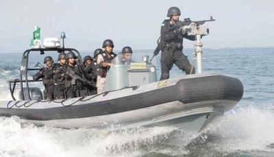 السعودية تقول إنها أبعدت ثلاثة قوارب إيرانية بعد دخولها المياه الإقليمية