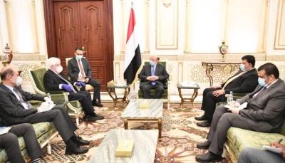 غريفيث: ناقشت مع الرئيس هادي مسودة إعلان وقف إطلاق نار شامل