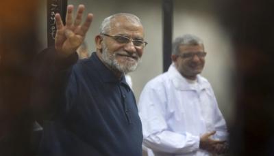 مصر: حكم نهائي بالسجن المؤبد بحق مرشد الإخوان و4 آخرين من القيادات