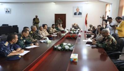 تعز: اللجنة الأمنية تقر الانتشار وإخراج العناصر المسلحة من التربة