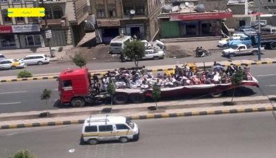 """عشرات الجثث من قتلى الحوثيين في """"نهم والبيضاء"""" تصل إلى """"تعز"""""""