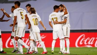 ريال مدريد يحسم لقاء ألافيس بثنائية نظيفة ويقترب من اللقب