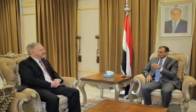 """الحكومة: إعلان الحوثيين السماح لفريق أممي بالوصول إلى خزان صافر """"مراوغة"""" لتخفيف الضغط الدولي"""
