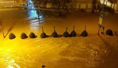 سيول الأمطار توقف رحلات مطار سيئون وتوجيهات حكومية بترميم الأضرار