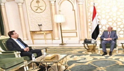"""الرئيس هادي يحث أبناء """"المهرة"""" على توحيد الصف ومواجهة التحديات الأمنية"""