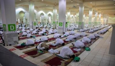 ملايين المسلمين يؤدون صلاة عيد الأضحى وسط إجراءات احترازية بسبب كورونا